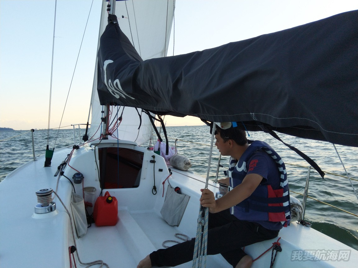 【前往航海】老板,这渔网我帮您撞了!