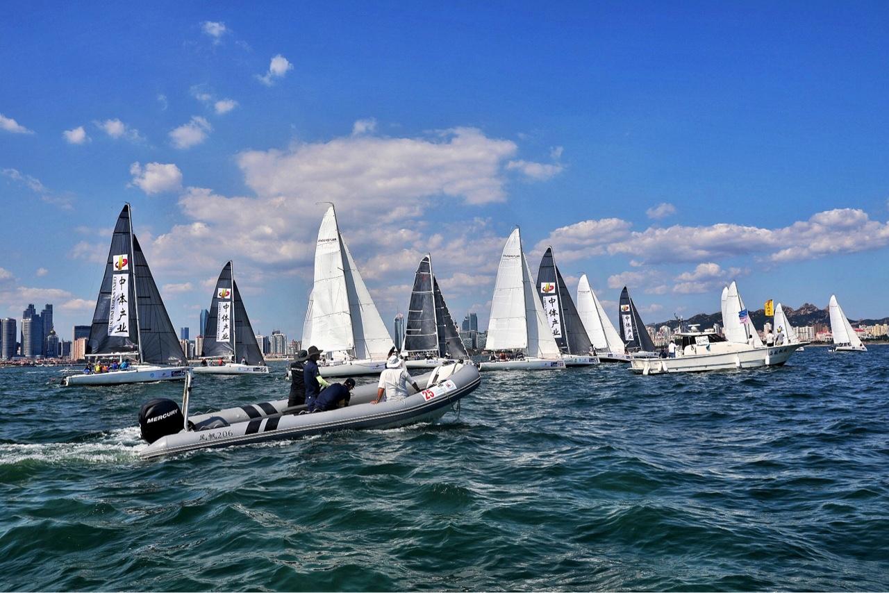 追风逐浪 - -2018 中体产业 城市俱乐部国际帆船赛 场地赛精彩纷呈