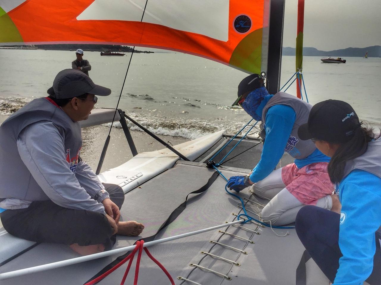 2018中国家庭帆船赛青岛站 运动员(手机摄影)图片