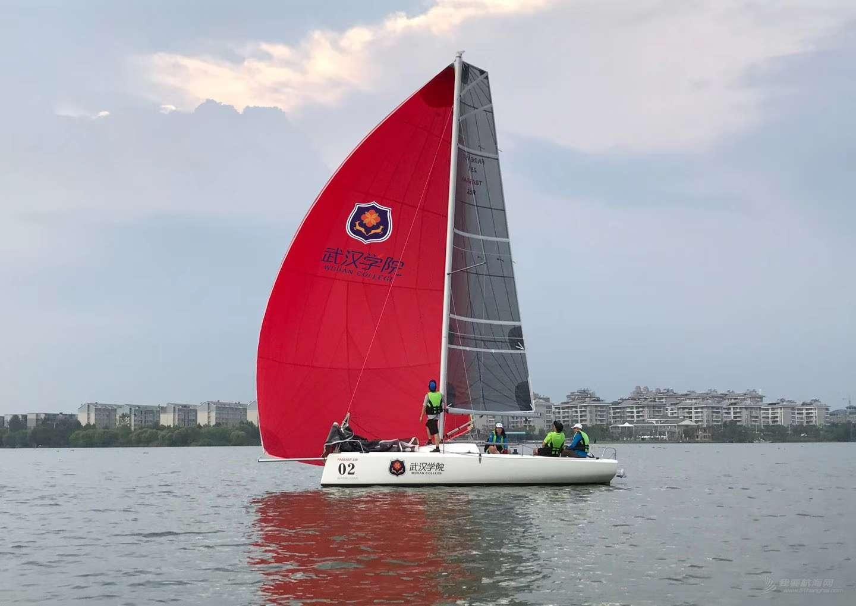 武汉学院帆船俱乐部