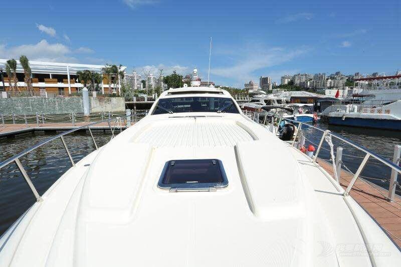 低价出售意大利进口DP50豪华运动艇