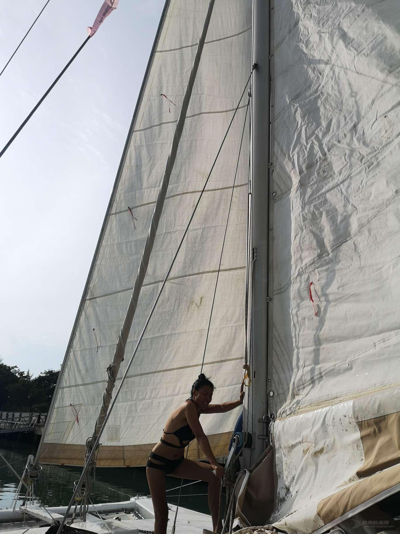 飞鱼号双体帆船环球航海18—俺们的船终于有帆啦!